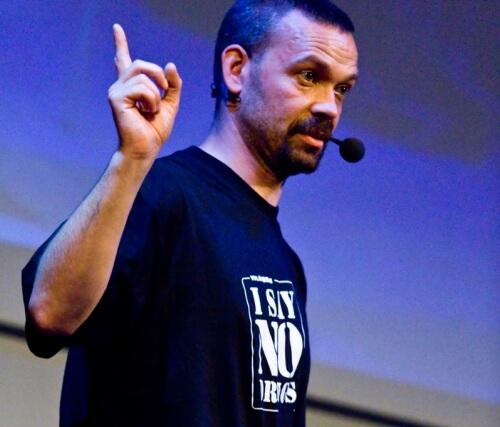 Alex Breeze är drogföreläsare på I SAY NO DRUGS - kampanjen