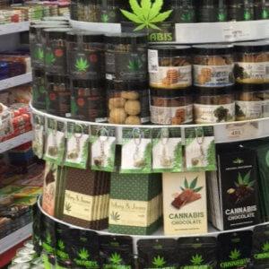 Cannabis marknadsförs i butiker i Prag, I SAY NO DRUGS